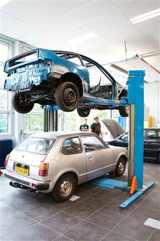 vloeistofdichte-vloer-garage-